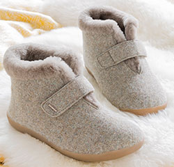 Sheepskin-lined Bootee for Swollen Feet