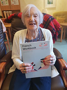Et Voilà! Bearsden Care Home Residents Learn French