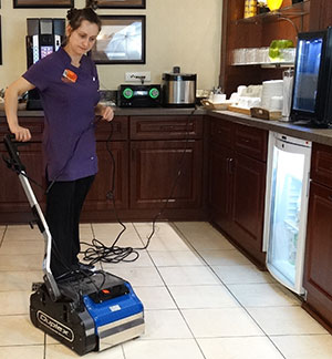 Tracey using Duplex Cleaning Machine