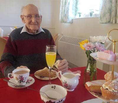 Male resident from Borough Care Home on World Alzheimer's Day