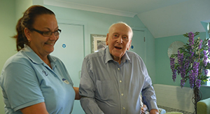 92-Year-Old Widower Learns to Sing Again at Abbotswood Court